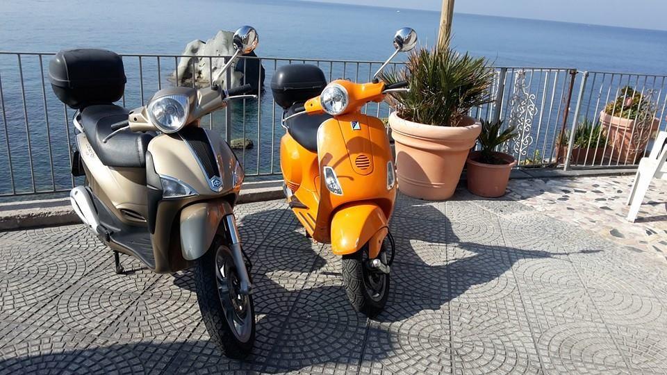 Noleggio scooter e auto a Forio d'Ischia